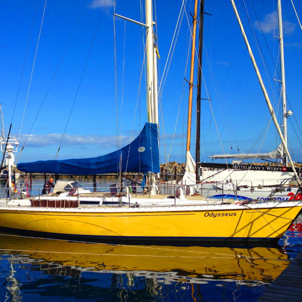 ASVS Odysseus Hochsee Segelyacht im Hafen von Schilksee