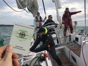 ASV-Stuttgart-crew-training-kurs-SSS-manöver-auf-hoher-See-mit-der-Segelyacht-Odysseus